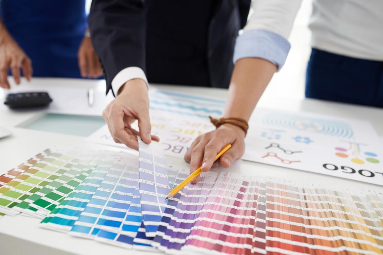 Das Logo-Design wird individuell auf Ihr Unternehmen abgestimmt.