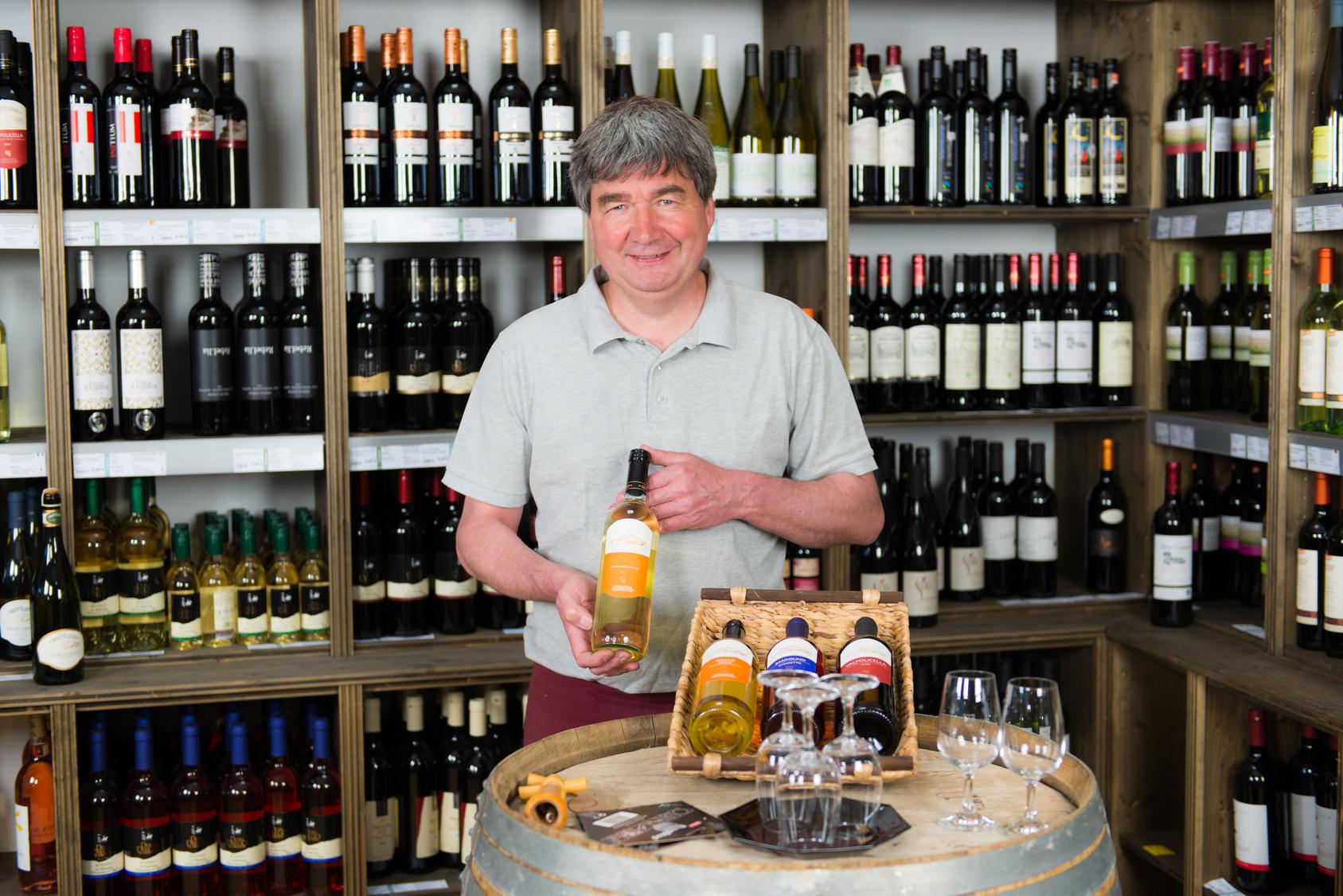 Wein online auswählen, anklicken und schon kommt er zu Ihnen nach Hause!